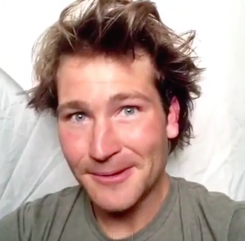 WHAT? This Guy's Robin Williams Impersonation Is AMAZING.